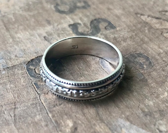 Wedding Band Sterling silver band    Rustic Sterling Silver Ring