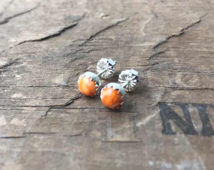 Spiny oyster Earrings Sterling Silver Gemstone Stud Earrings || Sterling spiny oyster Studs || Earrings Sterling Silver studs