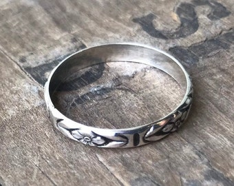 Sterling floral ring band forget me not flower ring stacking silver ring band handmade