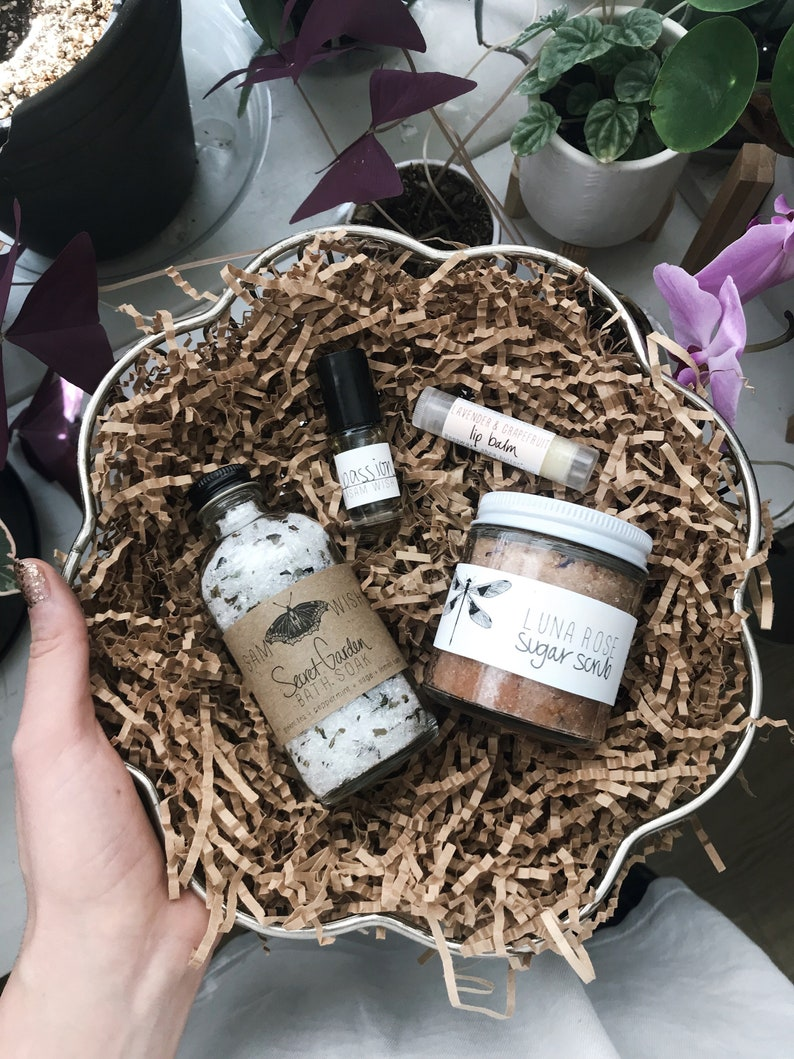 January 2020 Bathing Beauty Subscription Box // All Natural // image 0