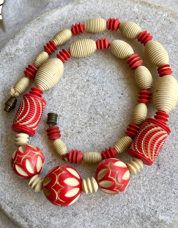 1930s Art Deco Carved Celluloid  Vintage Necklace