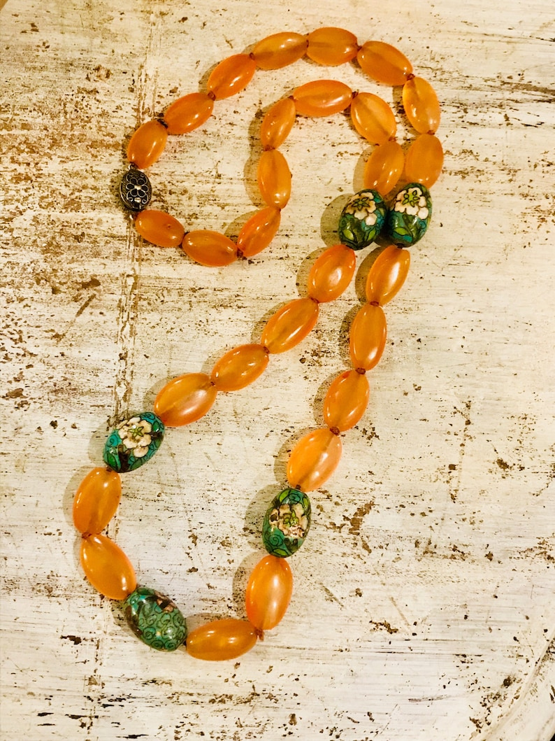 Beautiful Art Deco Old Chinese Hand Knotted Carnelian Cloisonne Vintage Necklace