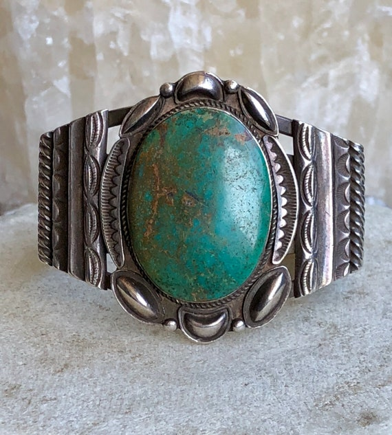 Beautiful Native American Sterling Silver Green Ma