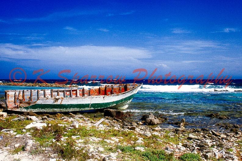 539cb32e514 Vieux bateau Baby Beach Aruba photographie locéan des