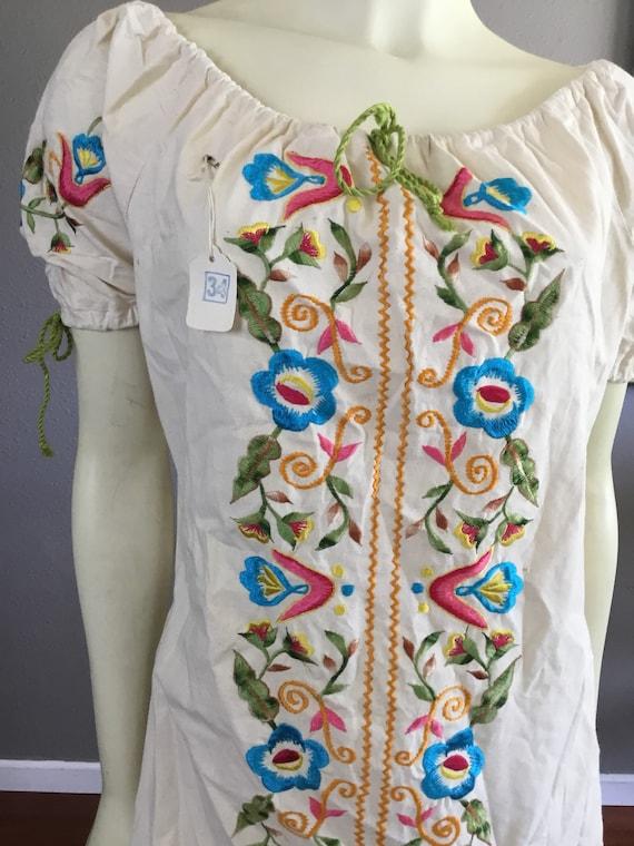 Vintage Embroidered Pink Mexican Dress Floral Emb… - image 4