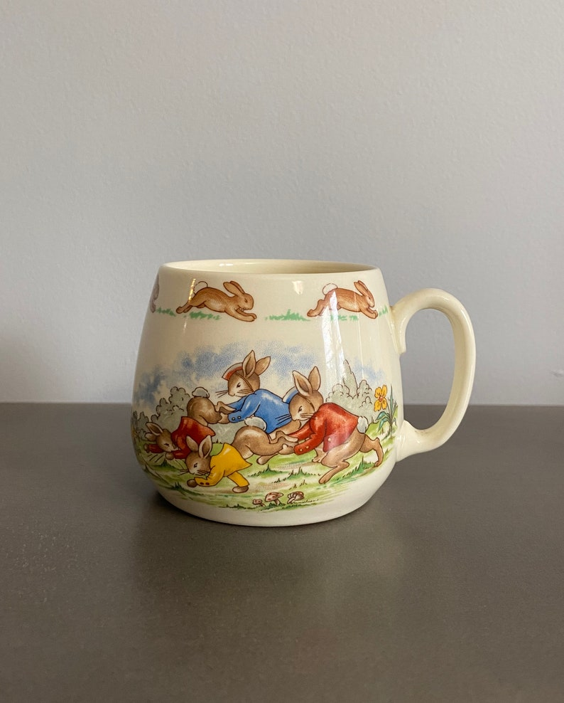 Wheelbarrow Race Beatrix Potter Peter Rabbit mug Bunnykins Royal Doulton Child/'s Cup