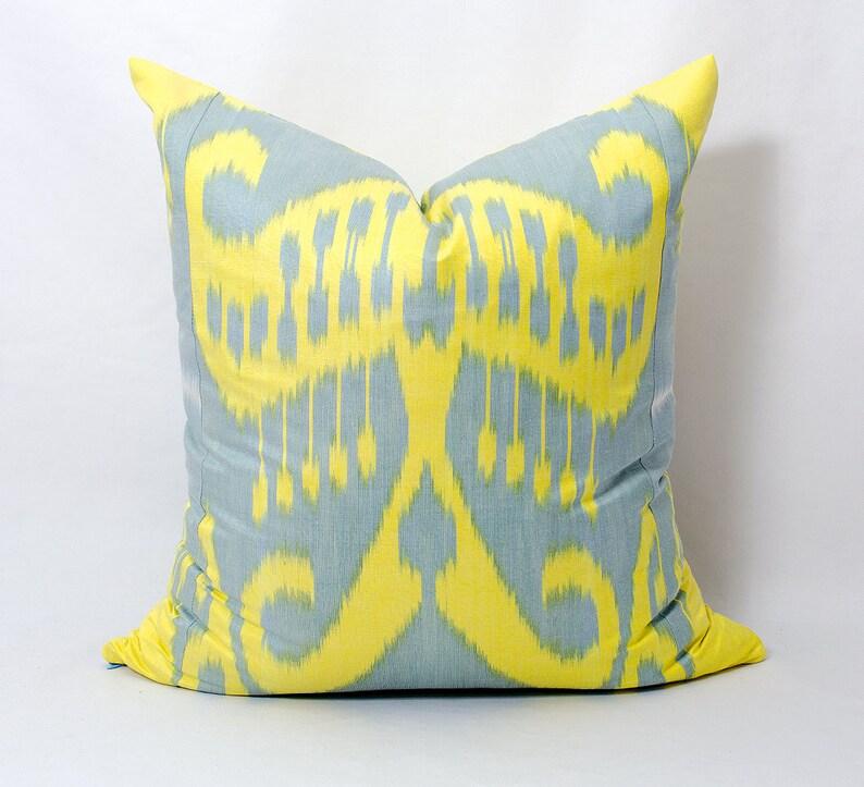 Uzbek Throw Ikat Pillow Cover Cushion Decorative Silk ikat Pillows Ikat Design