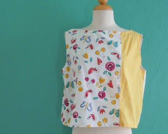aed9088125 80's floral cropped tank top // yellow summer tank top