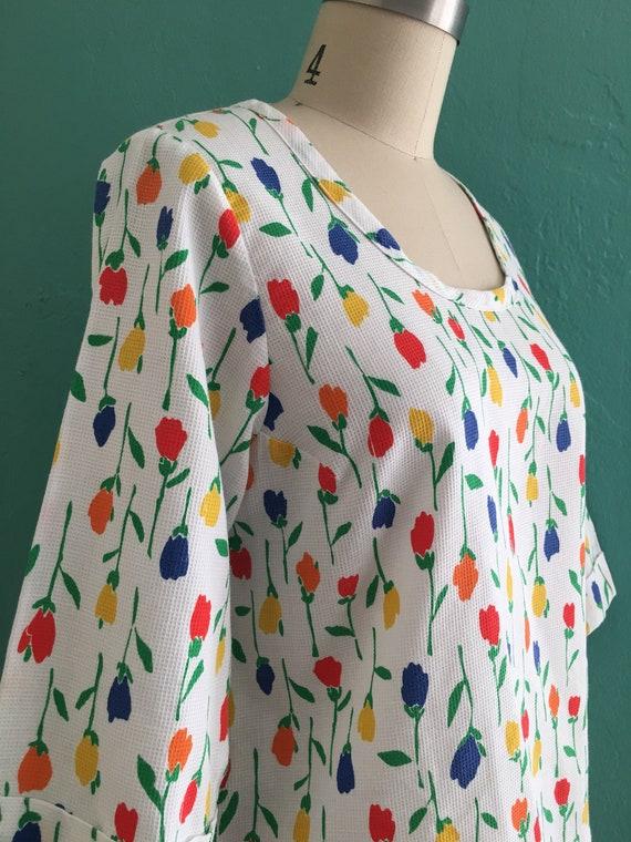 vintage 60's tulip print top // spring floral top - image 3