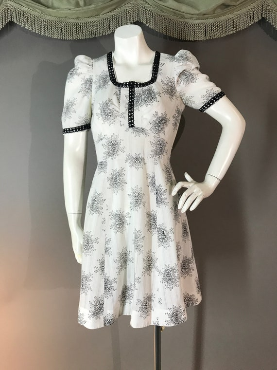1960s dress 60s vintage WHITE BLACK TOILE puff sl… - image 5