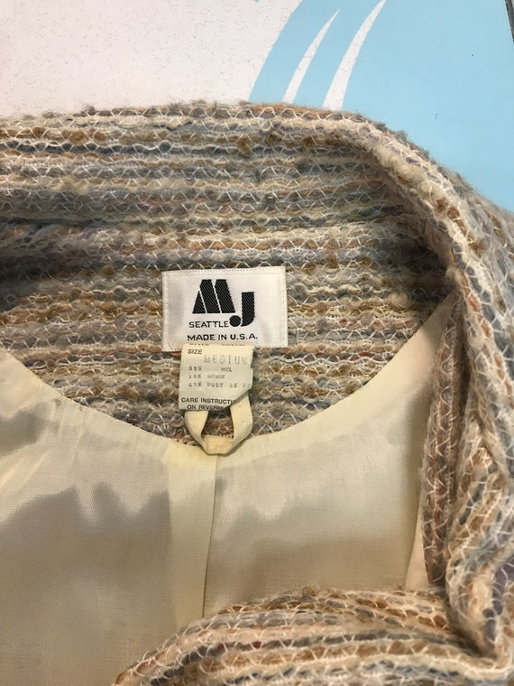 1980s coat vintage 70s BISHOP SLEEVE BELTED neutr… - image 10