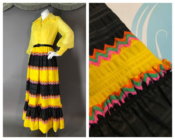 1970s dress vintage BOLD PRINT YELLOW bishop sleev