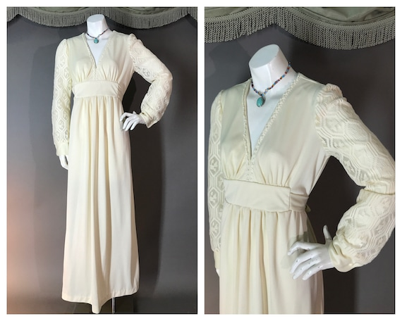 1970s dress vintage 70s IVORY CREAM LACE crochet m