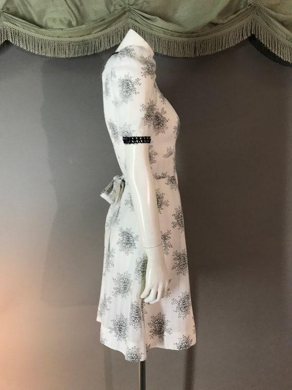 1960s dress 60s vintage WHITE BLACK TOILE puff sl… - image 7
