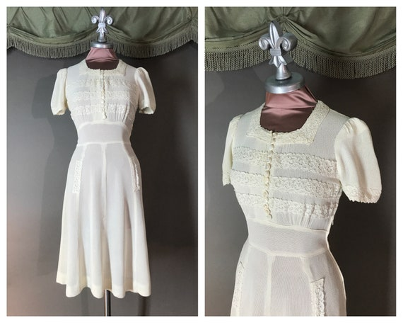 SOLD on lawaway 1930s dress vintage early 40s IVOR
