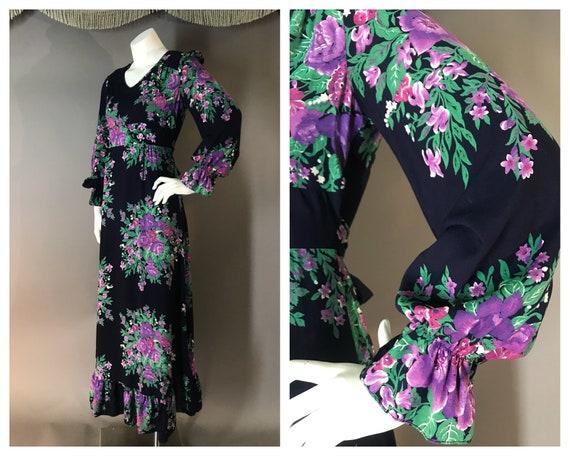 1970s dress vintage 70s VIOLET PURPLE FLORAL Rayon