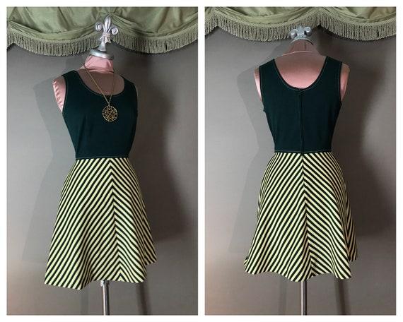 1960s dress 70s vintage GREEN CHEVRON STRIPE a lin