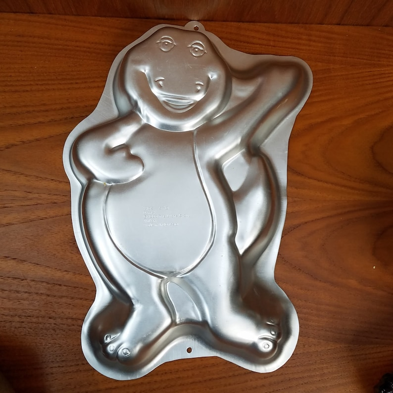 Other Baking Accessories Barney Character Friendly Wilton Cake Pan