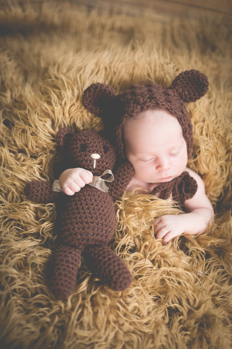 Crochet PATTERN Teddy Bear BONNET in 4 sizes & BEAR Doll image 0