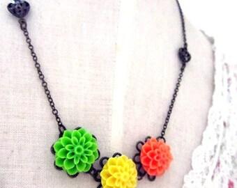 Bright Mum neckalce - orange, green, yellow mum necklace with heart filigree
