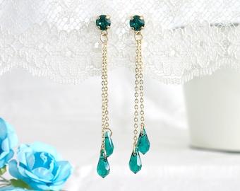 Green dangle earrings, Dangle earrings, Green earrings, Green and gold earrings, Green drop earrings
