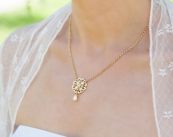 Gold bridal necklace, Bohemian wedding jewelry gold, Gold delicate necklace, Blush champagne necklace