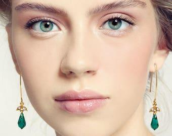 Green drop earrings, Green dangle earrings, Green earrings, Green gift, Green and gold earrings, Green long earrings