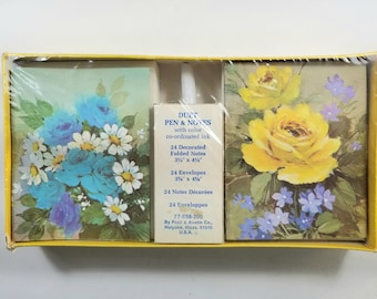 Vintage NIB Notecards, Florals, Roses, Blue, Yellow, New In Box. Duet Pen & Notes. 24 Notecards, 24 Envelopes. Sealed. Pratt and Austin Co.