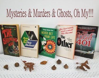 Vintage 1950's, 60's, 70's Lot of 5 Paperback Books. Ghosts, Murders, Mysteries - Awesome October Halloween (or anytime!) Reads.