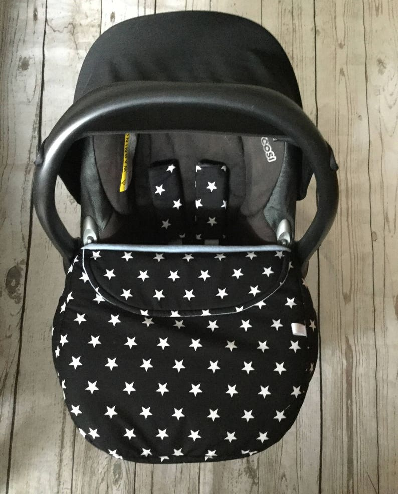 baby car seat apron harness strap covers  black white stars image 0