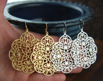 Large gold or silver filigree pendant earrings, matte silver, matte gold, fashion earrings, filigree earrings, chandelier, mother's day