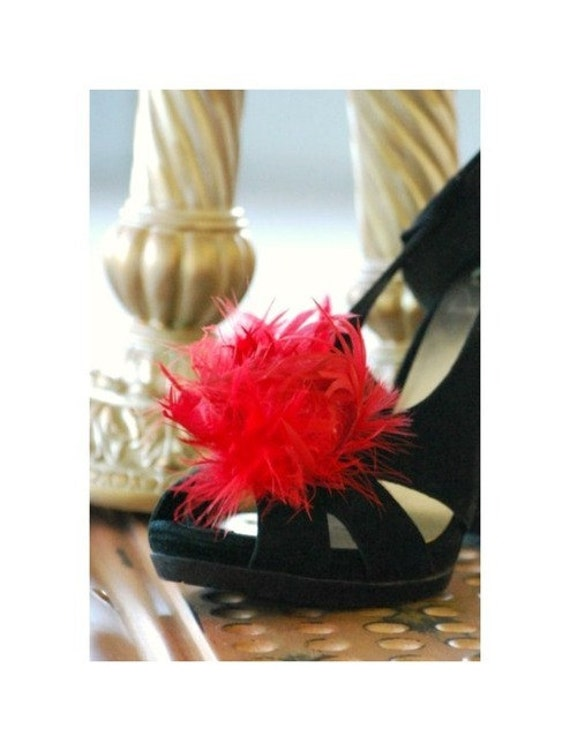Bridal Shoe Clips Ruby Red Feather Feather Feather Puff. Couture Bride Feminine Bridesmaid Party, Spring StateHommes t Glamourous Wedding Clip, Birthday Fashion | Technologie Sophistiquée