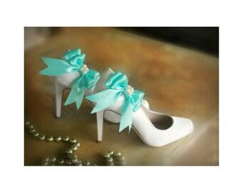 Shoe Clips Aqua Blue / White Bow. Pearls or Rhinestone Satin Ribbon. Bridal Fashionista Couture, More Teal Sage Pink Black Ivory Purple Navy