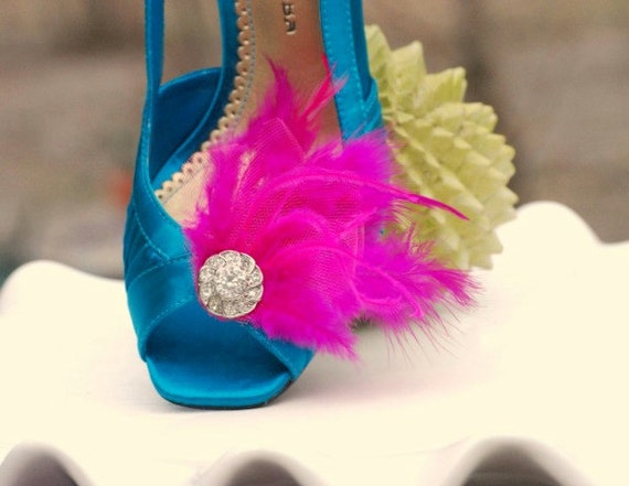 Chic Statement Edgy Bold Cocktail Burlesque Bride Bridal Bridesmaid Couture Shoe Clips Set Fuchsia  Fuschia Hot Pink Feathers Rhinestone