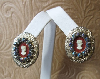 Vintage Gold Tone Cameo and Rhinestone Clip On Earrings
