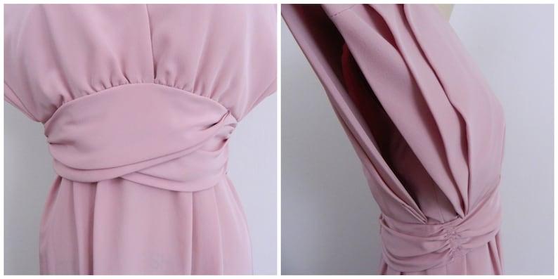 Cummerbund Waist Blush Pink 1970s Dress Deep V Neck Vintage 70s Structured Dress Size Small to Medium