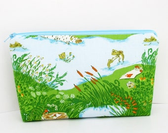 Make-up Zipper Pouch. Heather Ross Briar Rose, Frog Pond, Spring Cosmetic Bag