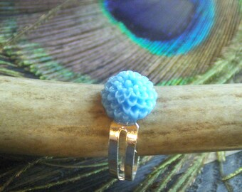 The Cornflower Fields tea Ring. Light Baby  blue chrysanthemum ring.