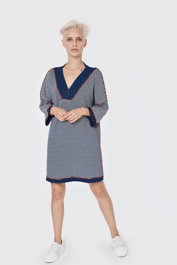 Tunic Dress, Gray Tunic Dress, Plus Size Clothing, Tunic With 3/4 Sleeves,  Urban Clothing, Deep V Neck Tunic, Short Dress, Summer Tunic