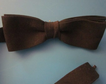 BLACK BOW TIE Well Made 1940s Vintage