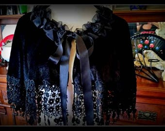 STUNNING Hand Made One Of A Kind Velvet cloak cape caplet  venetian and swiss laces with roses collar.
