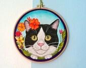 Floral Cat Hoop Art, Cat lover Gift,  Cat Wall Art , cat gifts