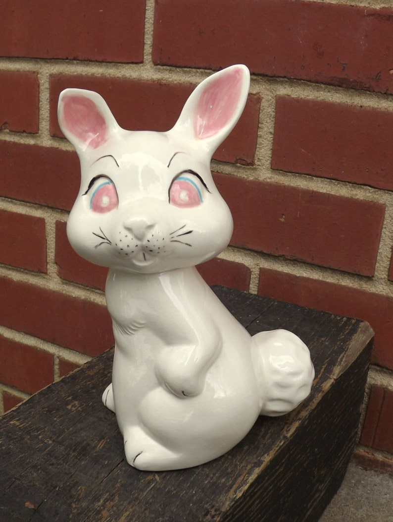 8af7b8b21f37 Estatuilla de conejo conejo de cerámica conejo blanco