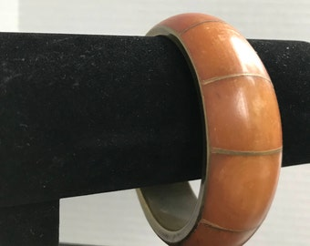 Vintage Inlaid Smooth Curved Wood Brass Bronze Colored Bangle Bracelet Unsigned Boho Hippie Hipster Unisex Fashion Costume Jewelry