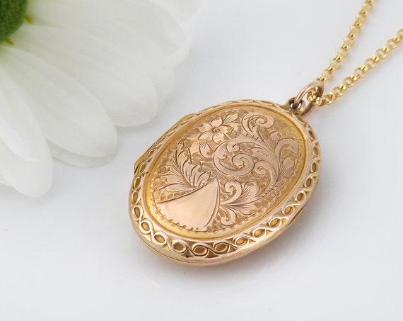 Antique Locket | Solid 9ct Gold Edwardian Locket Necklace | 1915 Hallmarked English Gold | .375 Gold - 20 Inch Chain