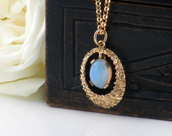 Vintage Opal Necklace | 9ct Gold & Gemstone Cabochon | Mid Century Modern, Dainty Petite Pendant - 20 Inch Chain