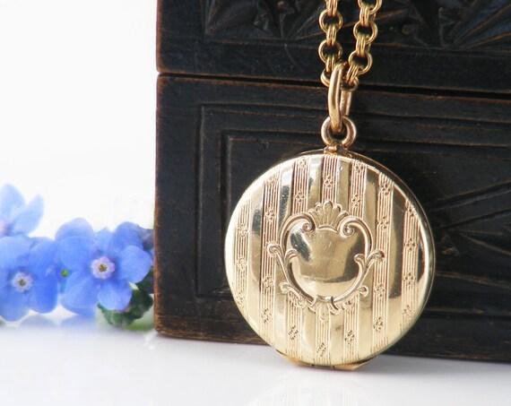 Antique Locket | Round Gold Victorian Locket | Regency Striped Gold with 17.5 Inch Antique Chain