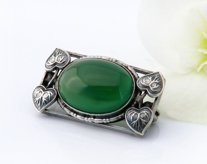 Edwardian Brooch | Green Chrysoprase Agate & Sterling Silver Lace Pin | Emerald Green Art Nouveau Antique Brooch or Lapel Pin