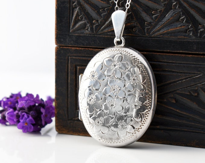 English Sterling Silver Vintage Locket   Oval Locket Necklace with Forget-Me-Not Flowers   1977 Hallmarks - 20 Inch Chain