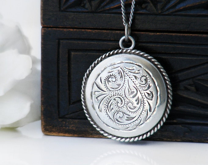 Vintage Sterling Silver Locket | Hand Engraved Locket Necklace | 1970s Sterling Silver - 24 Inch Long Sterling Chain